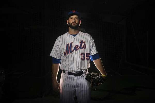 Mets pitcher Dillon Gee is photographed during photo