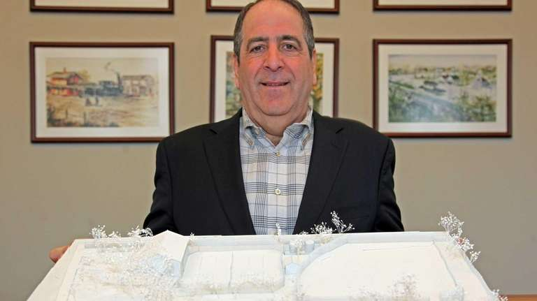 East Williston Mayor David Tanner with the three-dimensional
