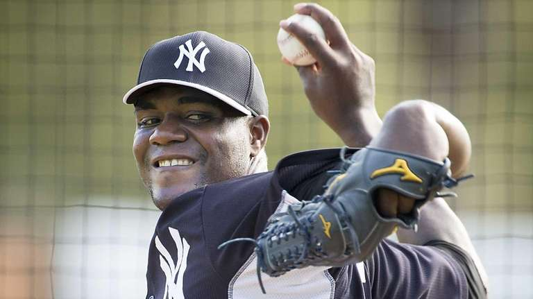 New York Yankees' Michael Pineda throws from the